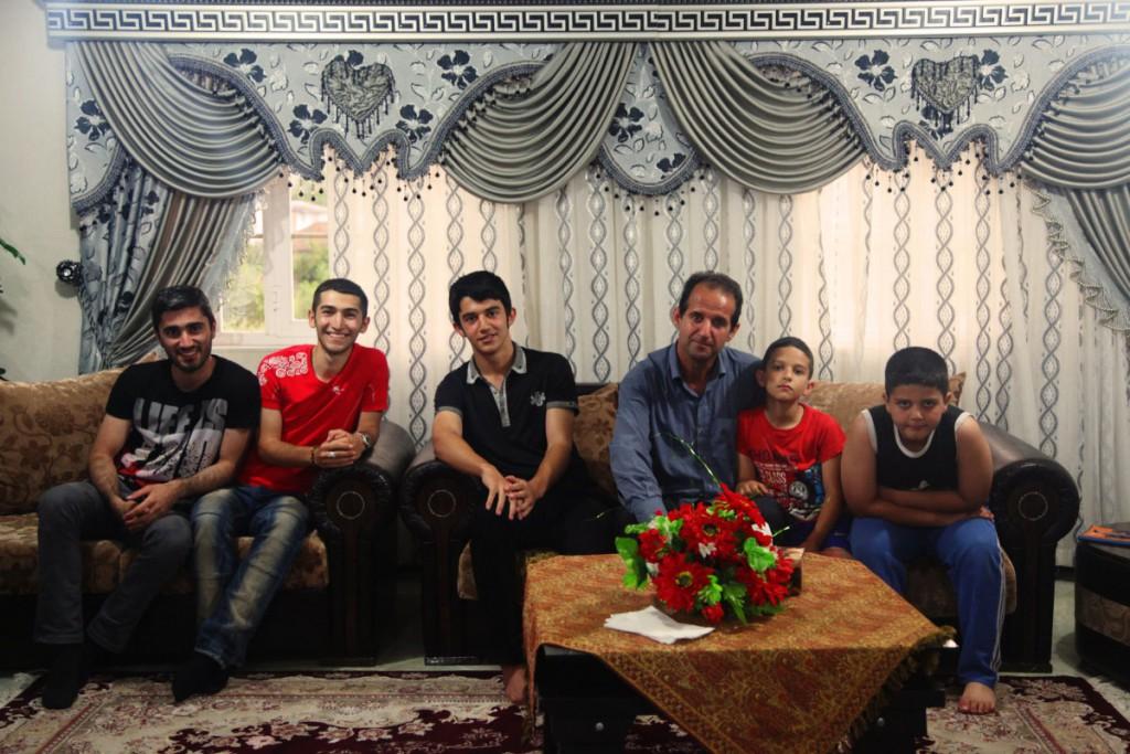 """Auf der Couch: """"Willkommen im Iran"""" ist einer der häufigsten Sätze, die Besucher zu hören bekommen."""
