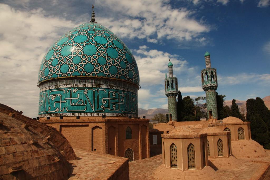 Mausoleum für den Sufi-Derwisch Schah Nimatollah Wali bei Kerman: An manchen spektakulären Sehenswürdigkeiten war ich der einzige ausländische Tourist des Tages.