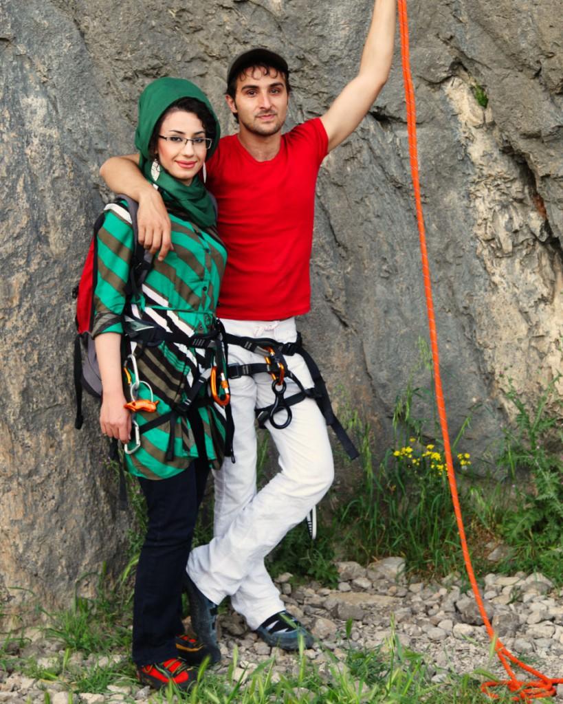 Klettererpaar am Bisotun-Felsen bei Kermanshah: Ohne Kopftuch geht in der Öffentlichkeit gar nichts – auch nicht beim Sport.