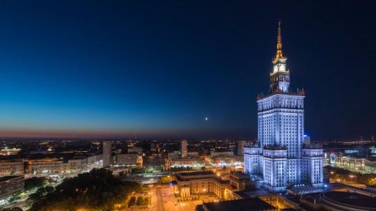 Warschau zum Niederknien