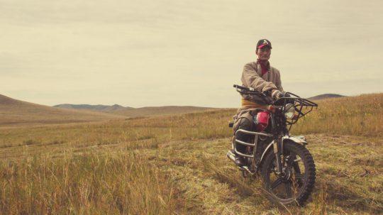 Dschingis Khan fährt Motorrad