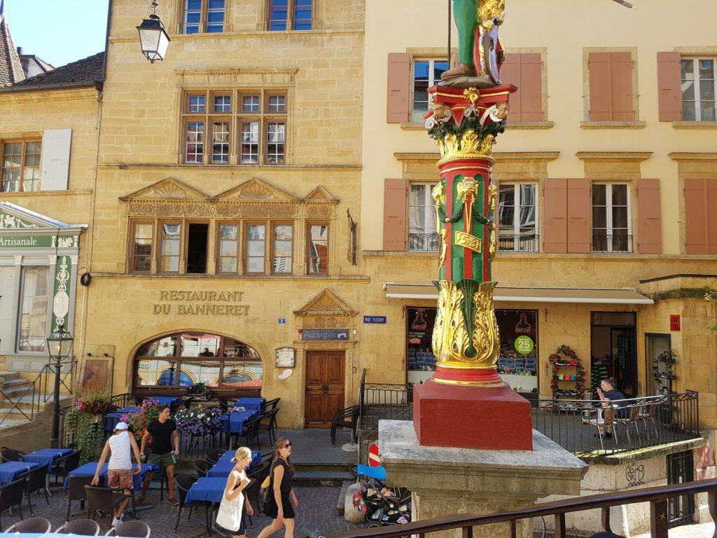 Heute ist die Stadt vor allem durch die Belle Epoque geprägt.