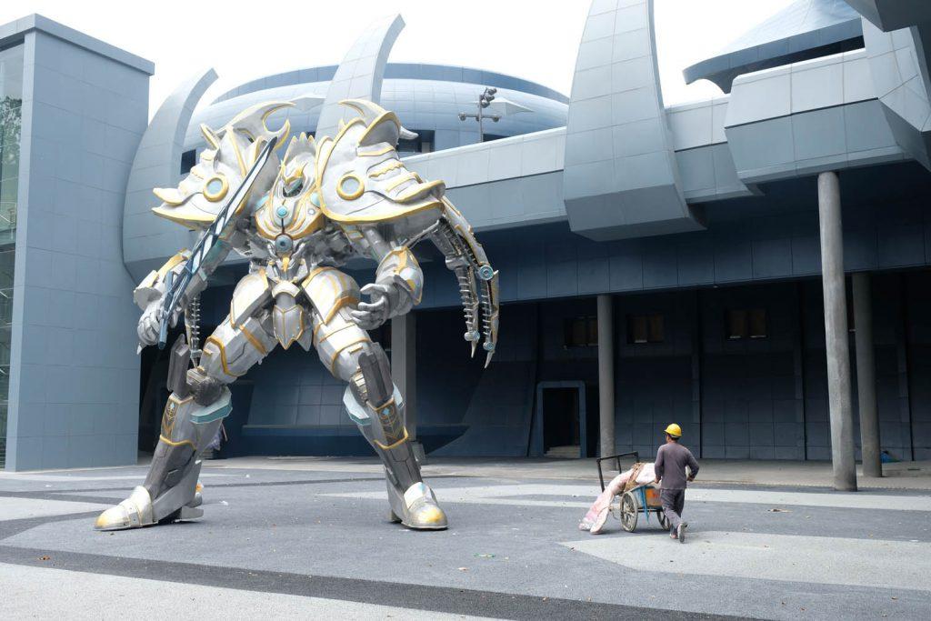Der technische Fortschritt ist überall ein Riesenthema: In der Stadt Guiyang (Guizhou-Provinz) beispielsweise entstand vor kurzen ein Hightech-Park mit Virtual-Reality-Attraktionen.